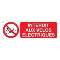 Panneaux vélos électriques interdits